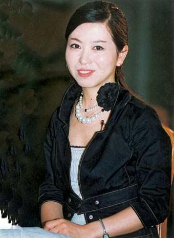 上海美女作家卫慧脊椎骨折